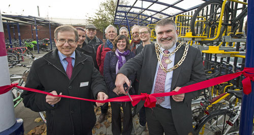 Bedford Station - double decker launch  November 2013